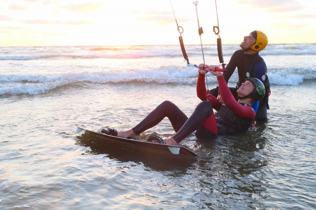 waterstarten, leren kitesurfen